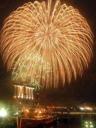 第70回海の日名古屋みなと祭花火大会写真1