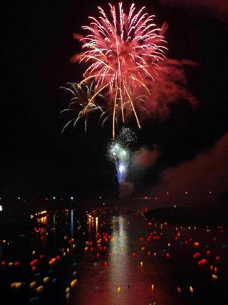 若柳夏祭り流灯花火大会写真1