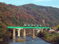 JR水郡線(奥久慈清流ライン)の紅葉