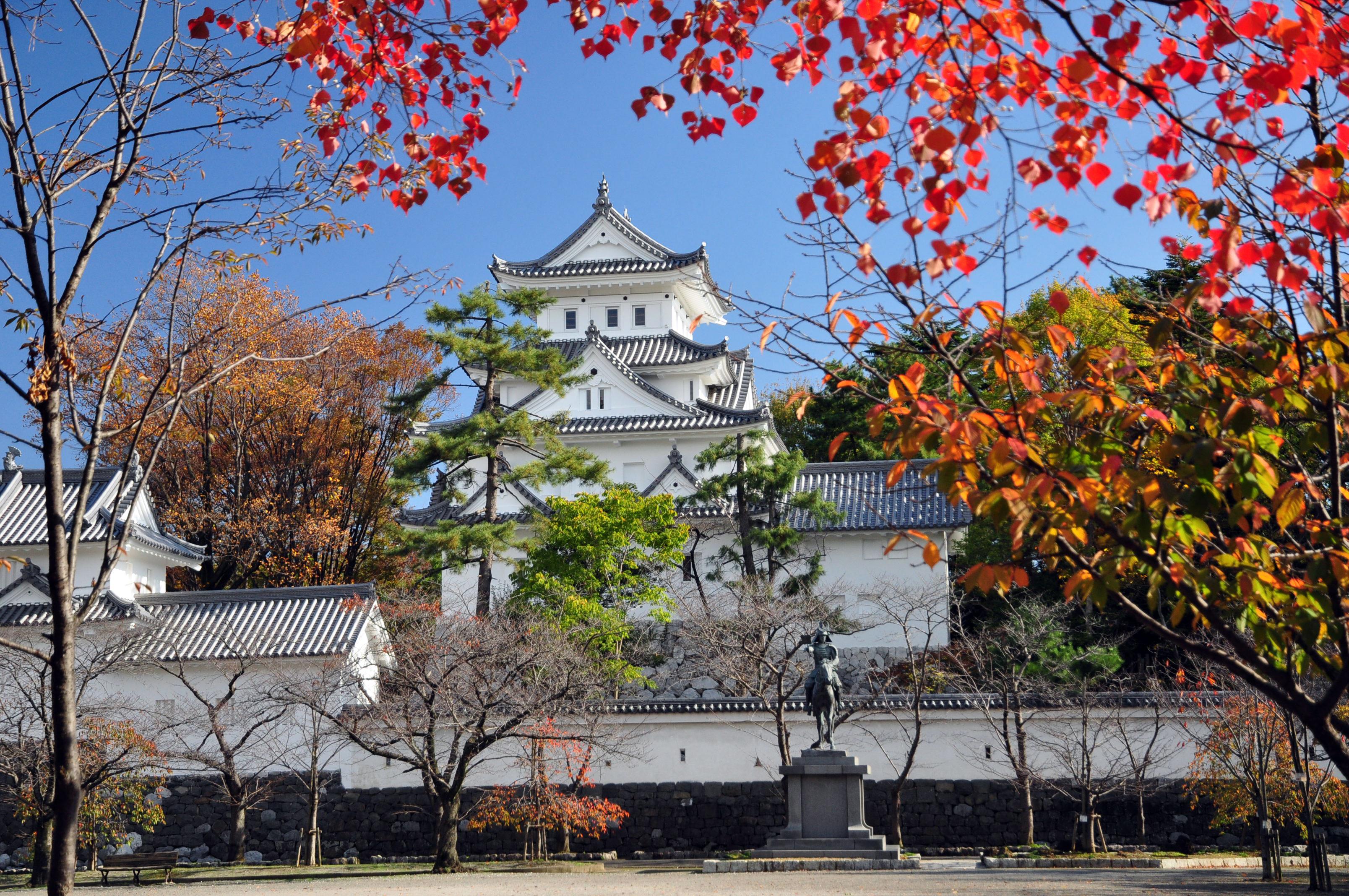大垣城の紅葉 紅葉情報2019