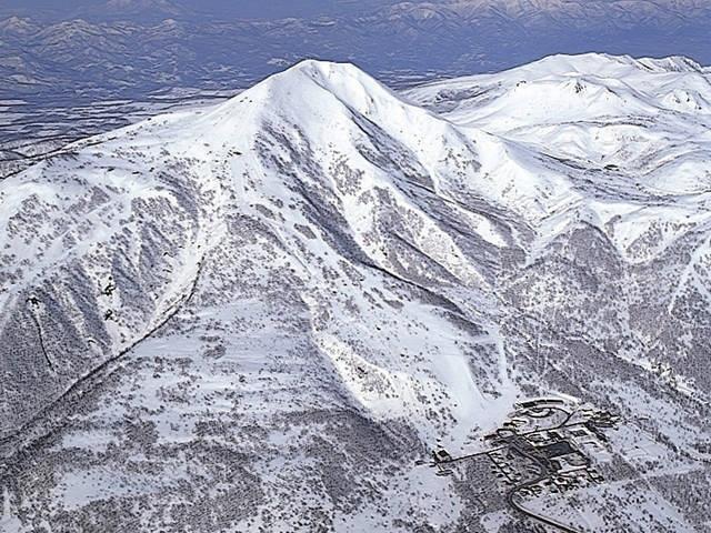 ニセコアンヌプリ国際スキー場|...